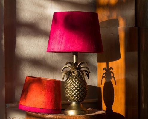 Designerska lampa stolowa ananas Honolulu Watt&Veke
