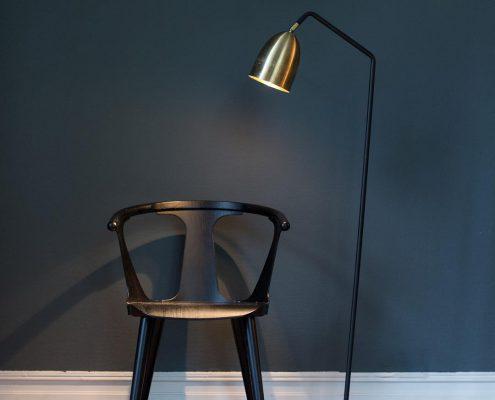 Ekskluzywna lampa podlogowa do biblioteczki Veronika Watt&Veke