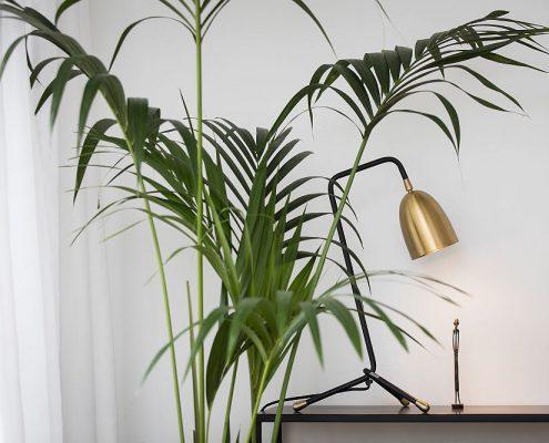 Ekskluzywna lampka biurkowa Veronika mosiądz Watt&Veke