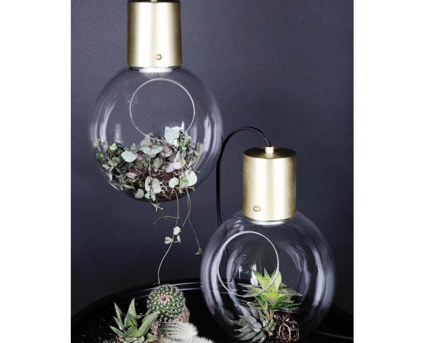 Lampa szklana kula dekoracyjna Hole Globen Lighting