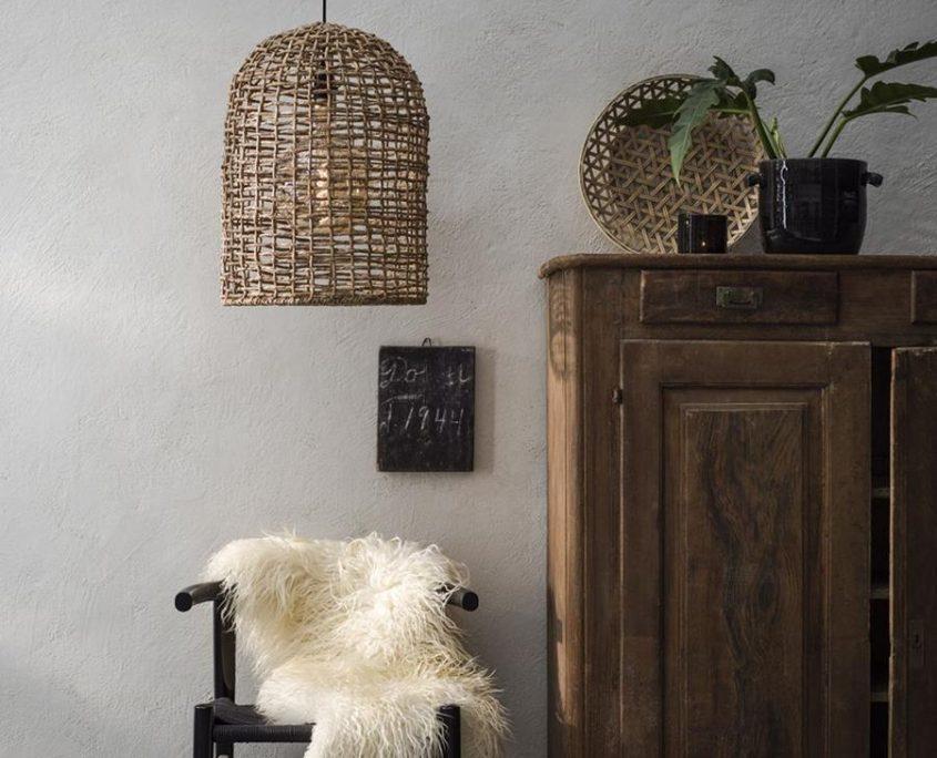 Wiklinowa lampa wiszaca w stylu wabi sabi Ava