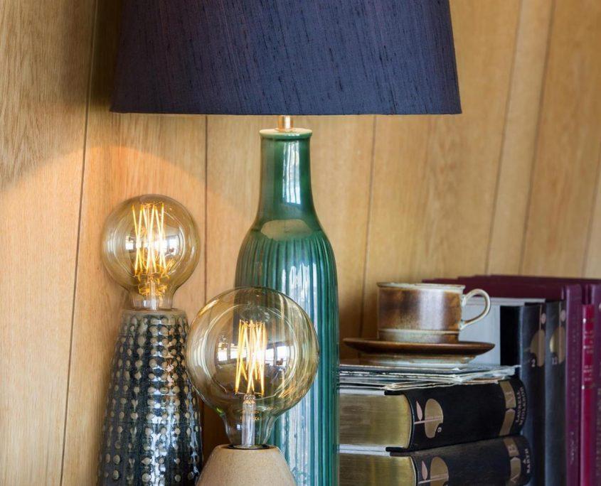 Lampy stolowe ceramiczne szwedzkiej marki Watt&Veke