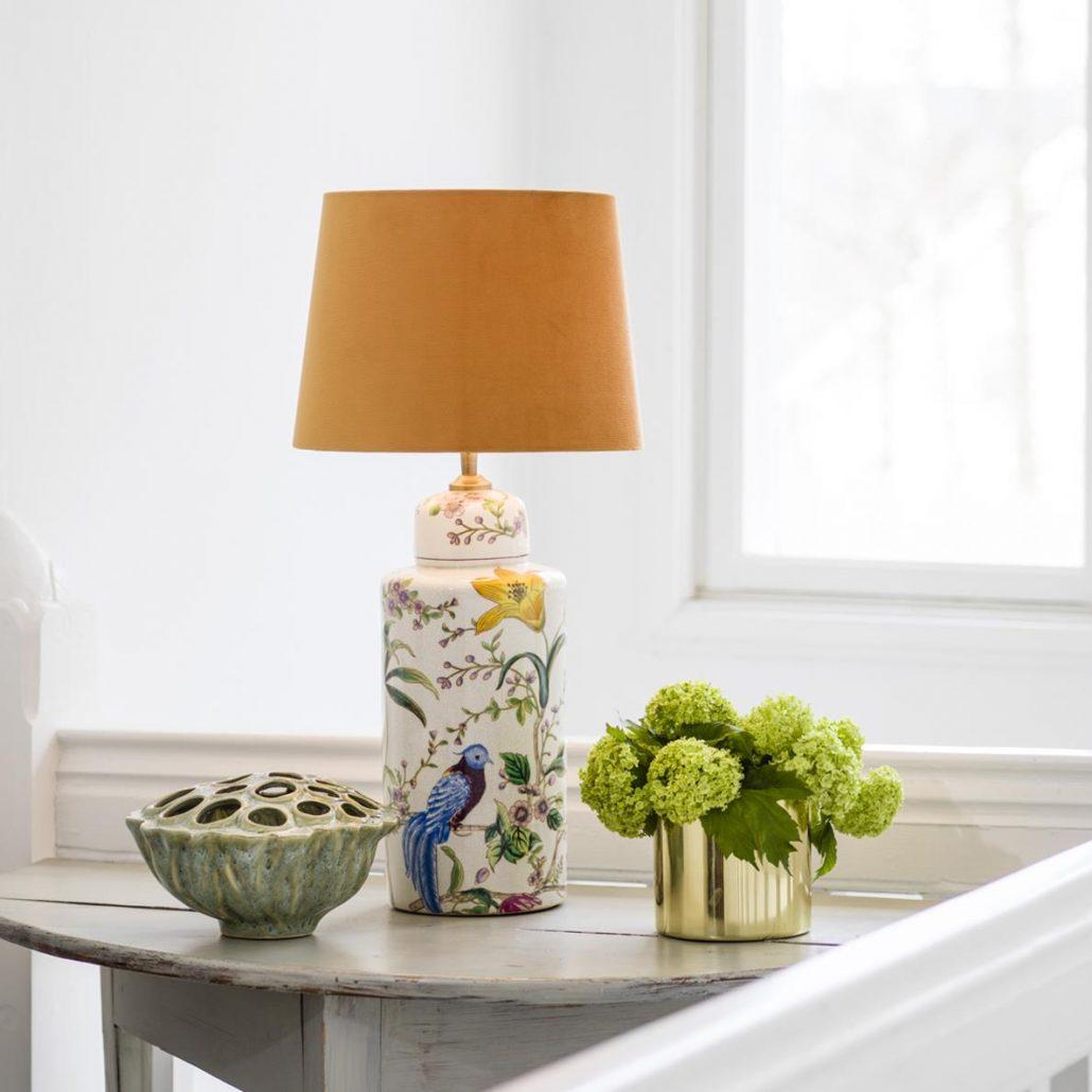 Ceramiczna lampa w ptaki z zoltym abazurem PR Home