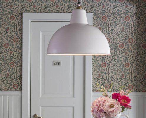 Rozowa lampa industrialna PR Home