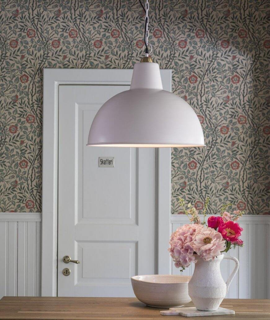 Rozowa lampa industrialna Scotsville PR Home