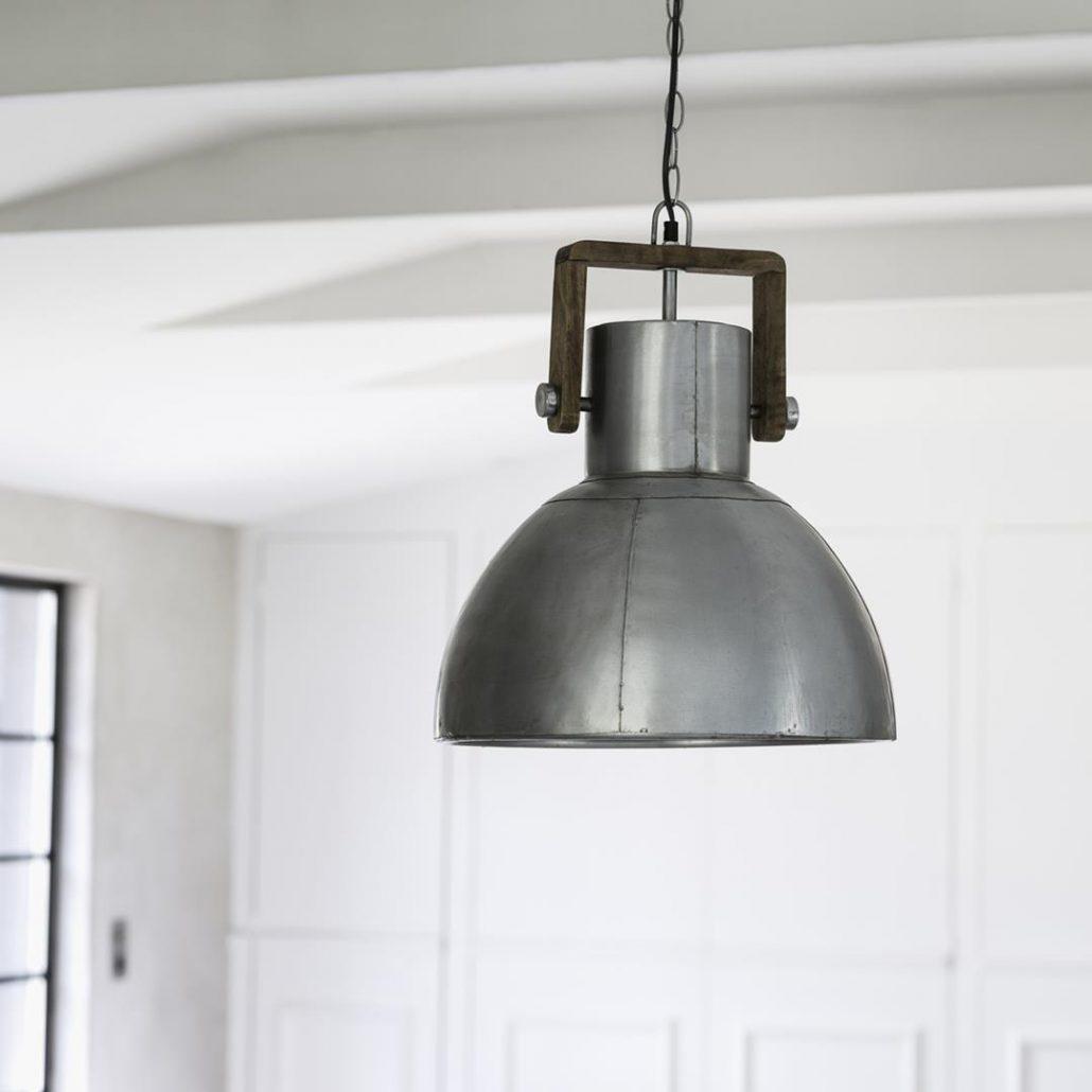 Rustykalna lampa wiszaca Ashby metal drewno