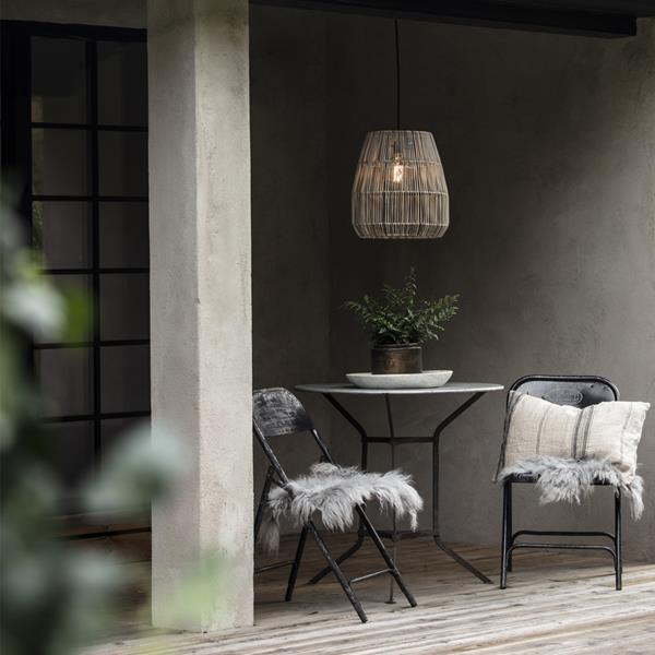 Wiszaca lampa ogrodowa z rattanu Sajgon